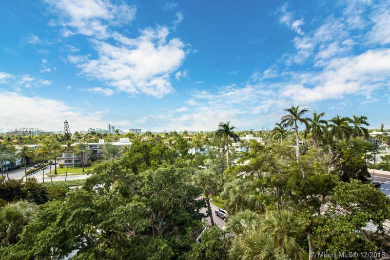 THE TIFFANY OF BAL HARBOUR CONDO UNIT 407 UNDIV 0.6943% INT IN COMMON ELEMENTS OFF REC 11689-1 OR 15108-3187 0491 1 COC 23456-1214 06 2005 4