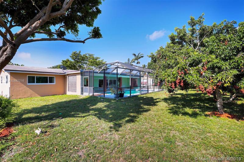 8301 SW 155th Ter, Palmetto Bay, FL, 33157