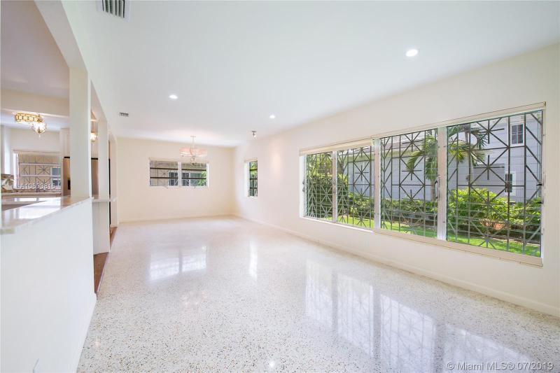 1105 Wallace St, Coral Gables, FL, 33134