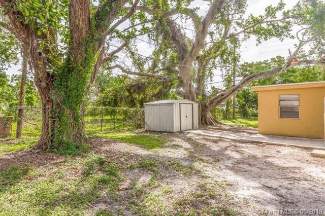 2615 SW 58th Ave, West Park, FL, 33023