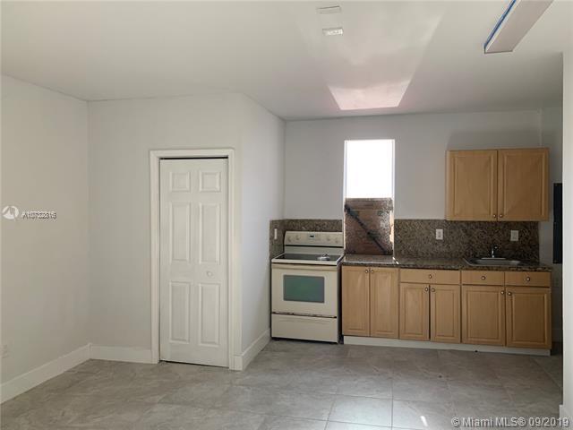 16723 SW 95 STREET,  Miami, FL