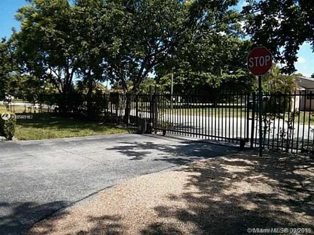 9751 Wayne Ave 6, Palmetto Bay, FL, 33157
