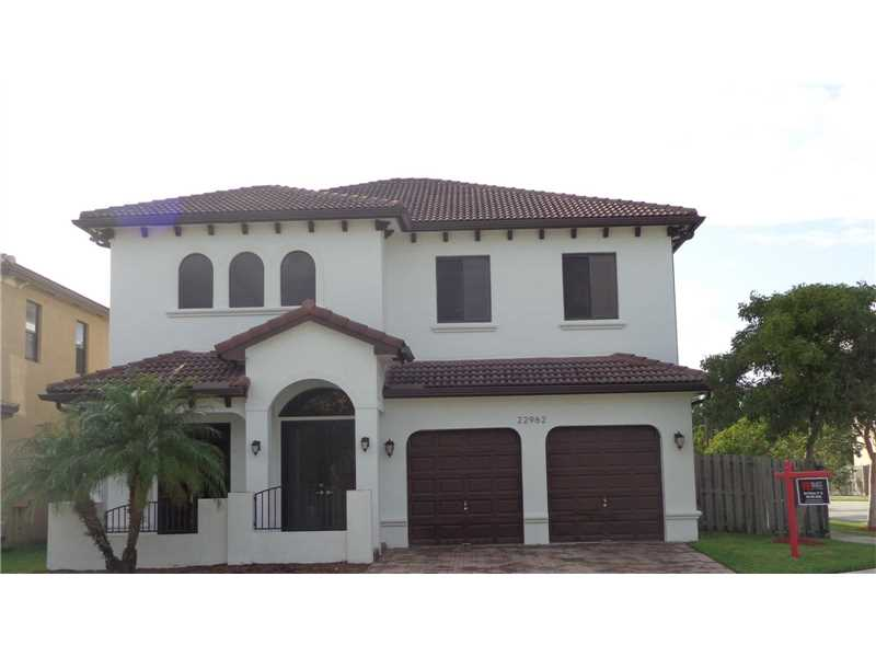 22962 SW 104th Pl,  Cutler Bay, FL