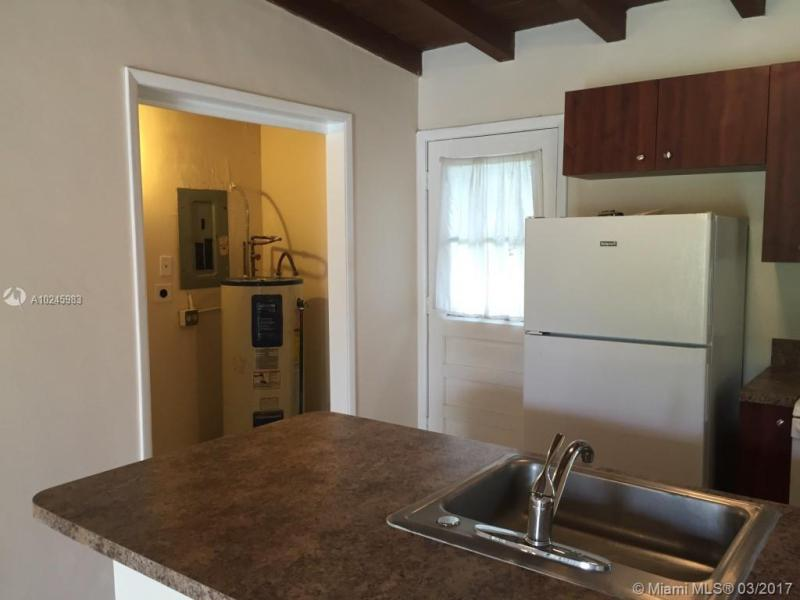 For Sale at  1030 NW 134Th St North Miami  FL 33168 - Biscayne Village Heights - 2 bedroom 1 bath A10245983_5
