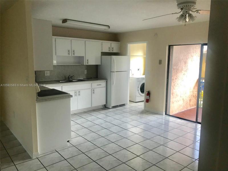 10370 SW 220th St  Unit 212 Cutler Bay, FL 33190-1124 MLS#A10592583 Image 8