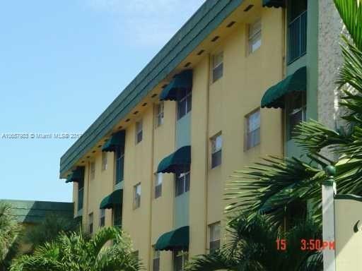 1655 W 44th Pl  Unit 451, Hialeah, FL 33012-7433