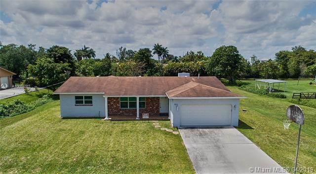 5741 SW 162nd Ave , Southwest Ranches, FL 33331-1423