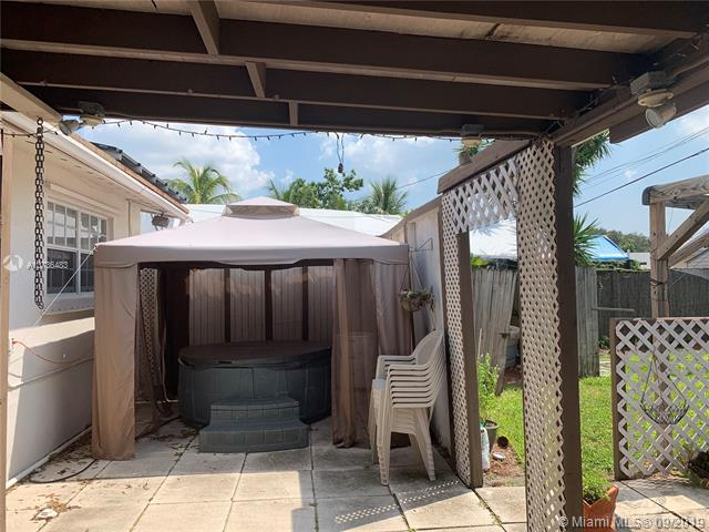 3500 SW 32nd St, West Park, FL, 33023