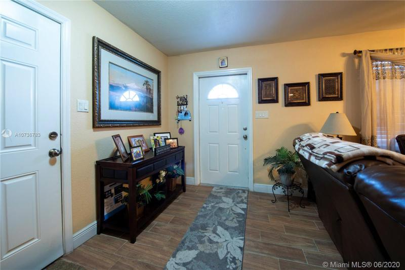 6960 NW 11 St, Margate, FL, 33063