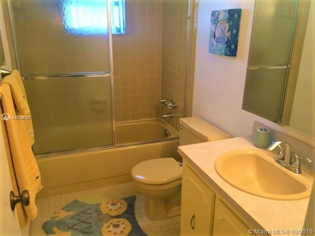 201 SE 11th Ter 101, Dania Beach, FL, 33004