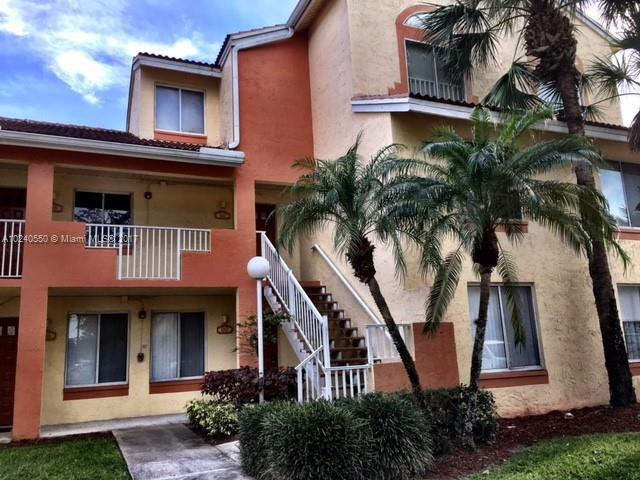 1010 Coral Club Dr  Unit 1010, Coral Springs, FL 33071