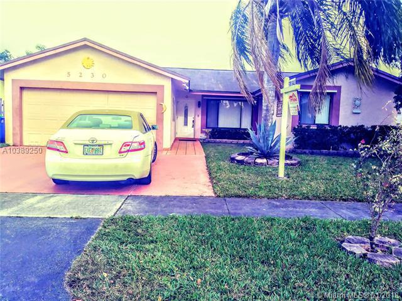 5230 NW 99 th Ave,  Sunrise, FL