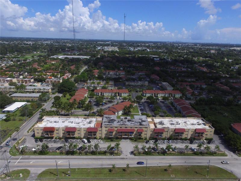 Imagen 1 de Townhouse Florida>Pembroke Park>Broward      - Sale:104.500 US Dollar - codigo: A10429850