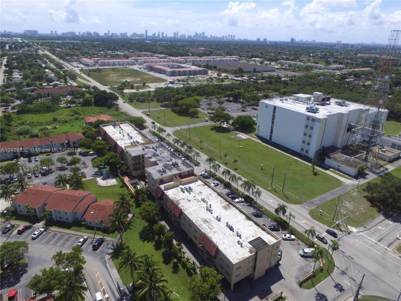 Imagen 14 de Townhouse Florida>Pembroke Park>Broward      - Sale:104.500 US Dollar - codigo: A10429850