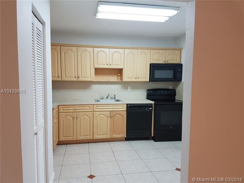 Imagen 3 de Townhouse Florida>Pembroke Park>Broward      - Sale:104.500 US Dollar - codigo: A10429850