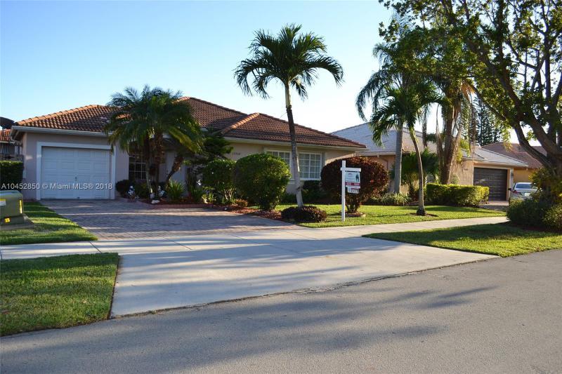 Photo of 15968 SW 101st Terrace, Miami, FL 33196