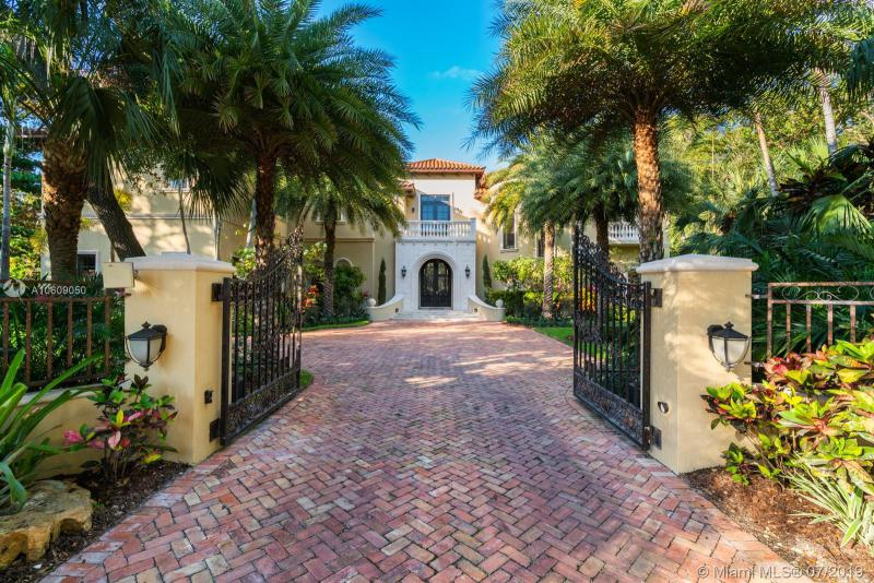 5015 SW 88 Street, Coral Gables, Florida