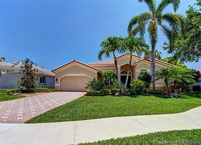 2994  Oakbrook Drive,  Weston, FL