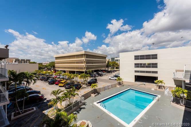 6580 Santona St A42, Coral Gables, FL, 33146