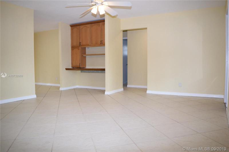9441 SW 50th St, Cooper City, FL, 33328