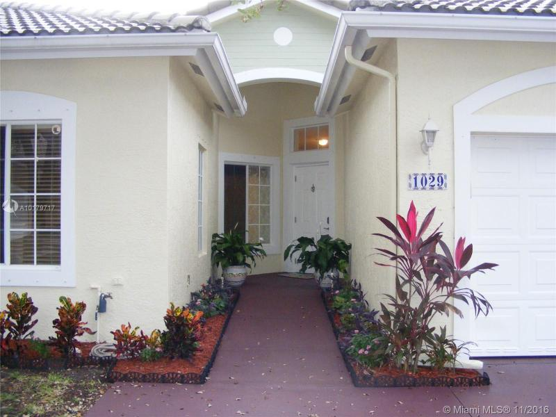 Deerfield Beach Condo/Villa/Co-op/Town Home A10179717
