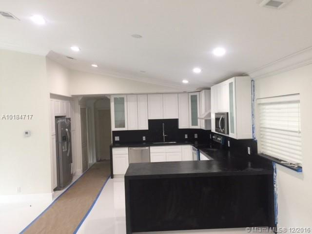 Plantation Residential Rent A10184717