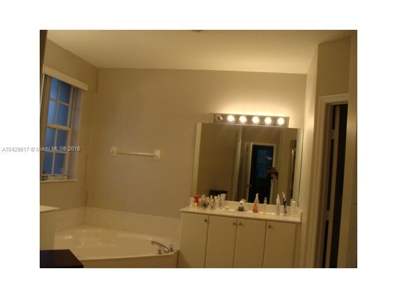 Imagen 18 de Residential Rental Florida>Miami>Miami-Dade   - Rent:2.800 US Dollar - codigo: A10429617