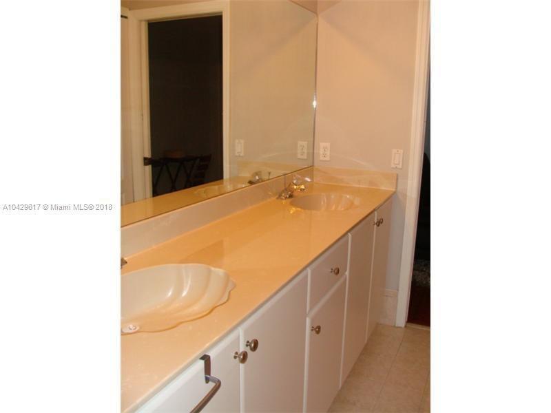 Imagen 19 de Residential Rental Florida>Miami>Miami-Dade   - Rent:2.800 US Dollar - codigo: A10429617
