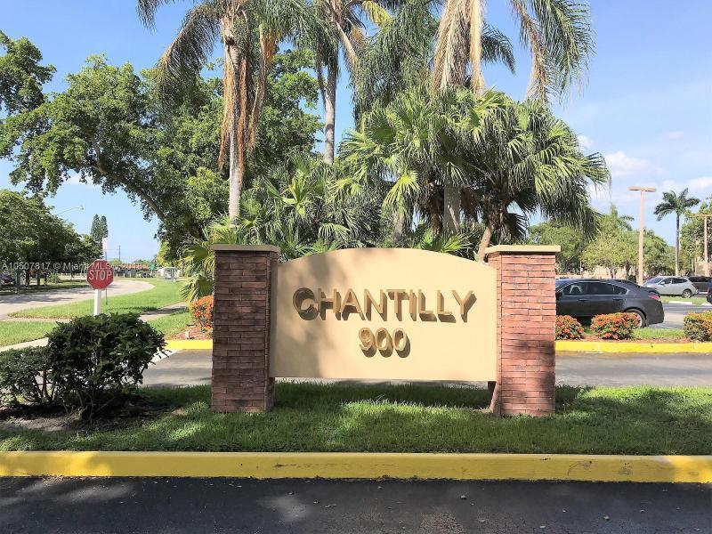 CHANTILLY CONDO Chantilly