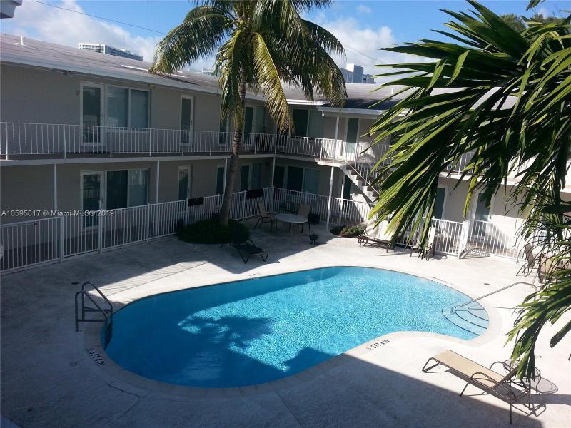 16800 NE 15th Ave  Unit 204, North Miami Beach, FL 33162-2907