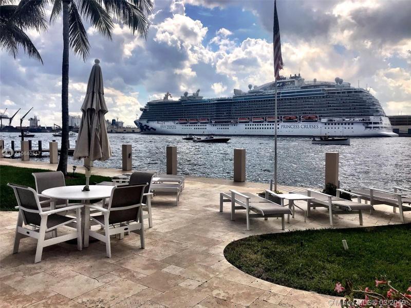 1775 Harbourview Dr 17, Fort Lauderdale, FL, 33316