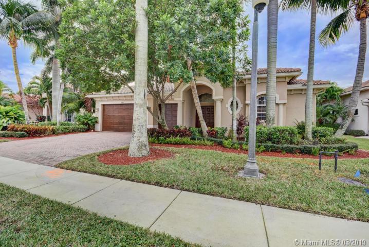 526 Les Jardin Drive, Palm Beach Gardens, FL, 33410