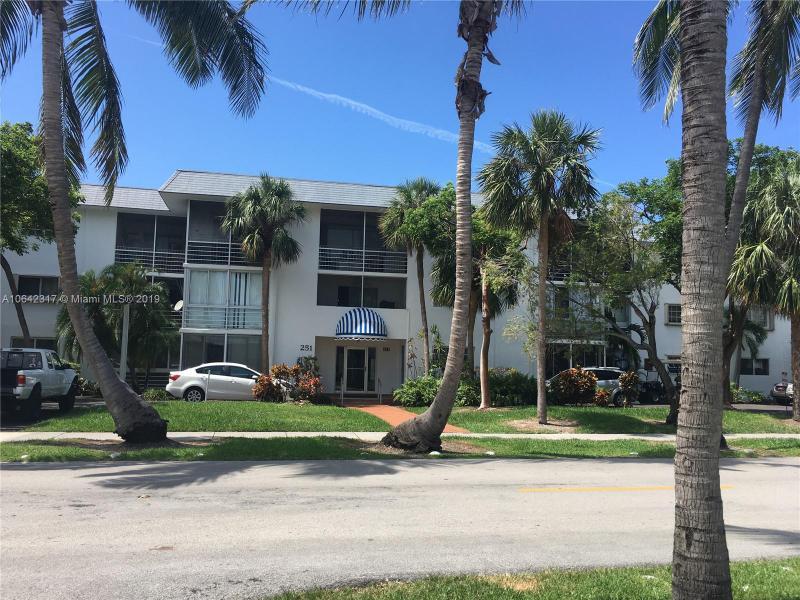 325  Fernwood Rd , Key Biscayne, FL 33149-1326