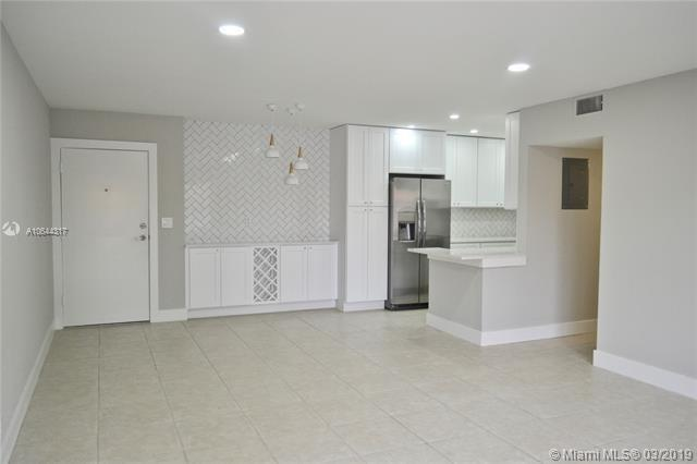 2917 9th Ave, Wilton Manors FL 33311-2337