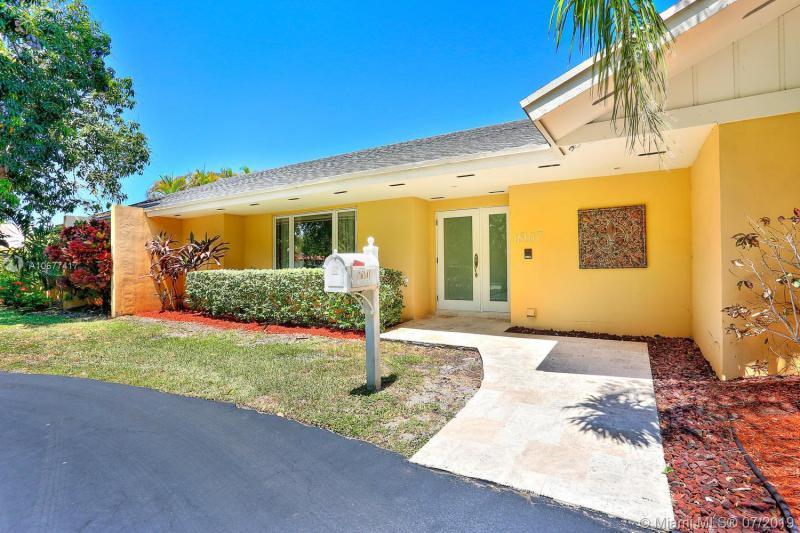 16107 SW 82nd Ave, Palmetto Bay, FL, 33157