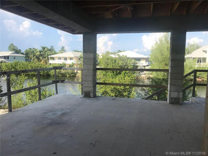 32 N Bounty LN, KEY LARGO, FL, 33037