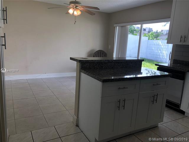 210 SW 98th Ter, Pembroke Pines, FL, 33025