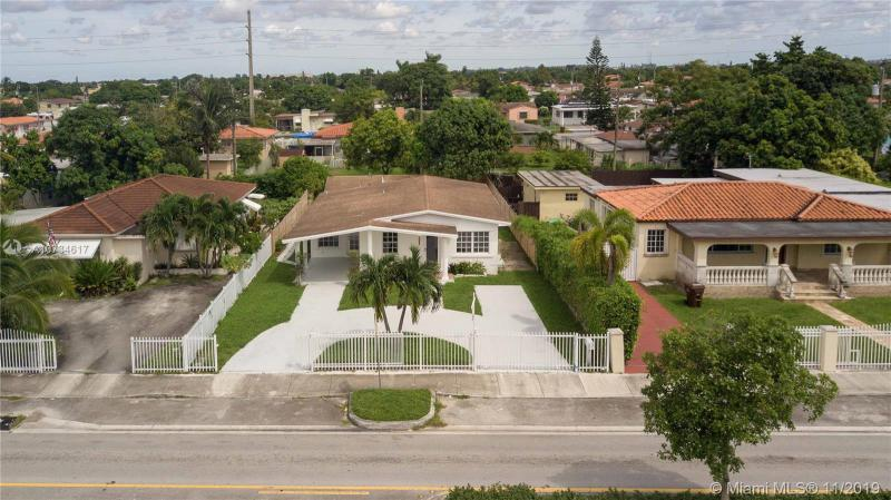 521 E 32nd St, Hialeah, FL, 33013