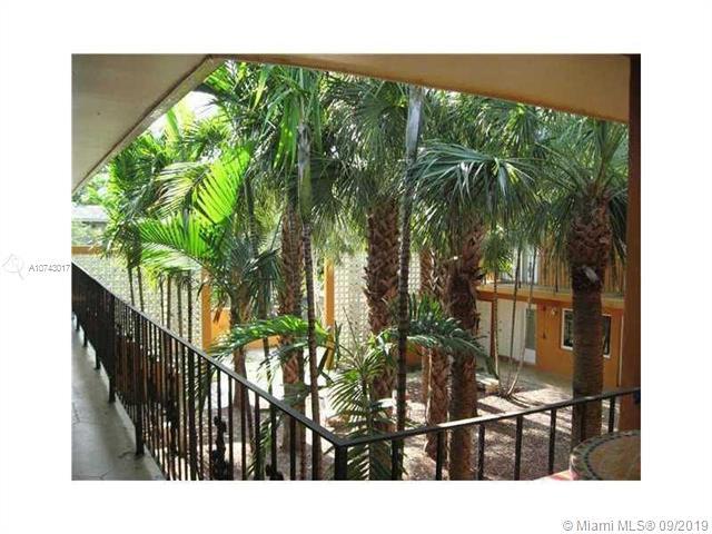 7901 SW 64th Ave 16, South Miami, FL, 33143