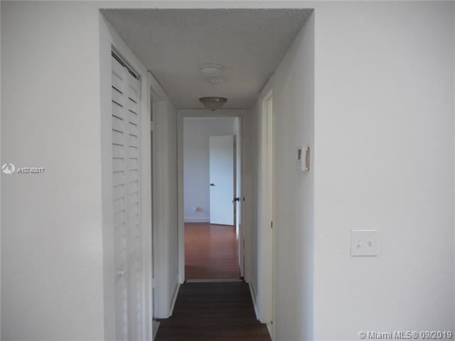 3380 N Pinewalk Dr N 1127, Margate, FL, 33063