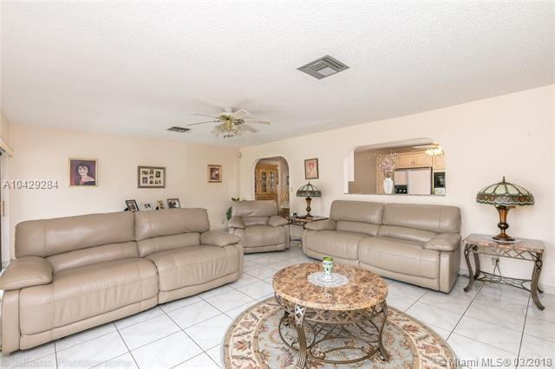 Imagen 11 de Single Family Florida>Davie>Broward      - Sale:795.000 US Dollar - codigo: A10429284