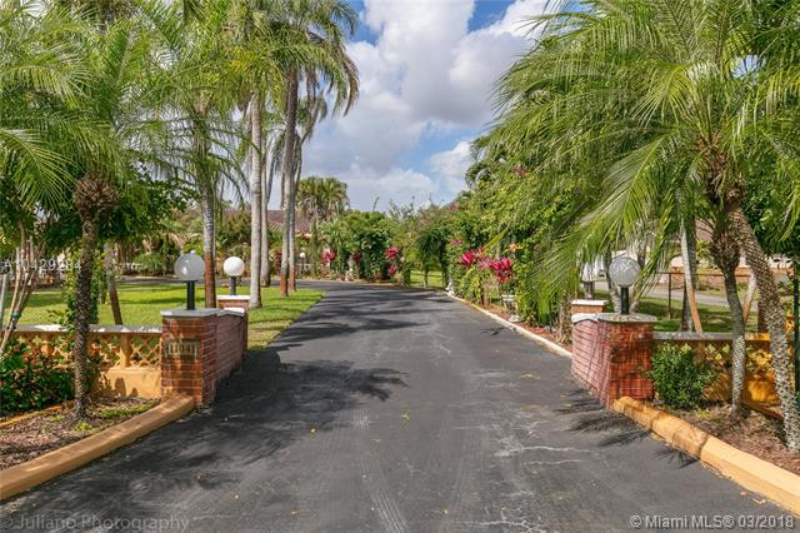 Imagen 2 de Single Family Florida>Davie>Broward      - Sale:795.000 US Dollar - codigo: A10429284