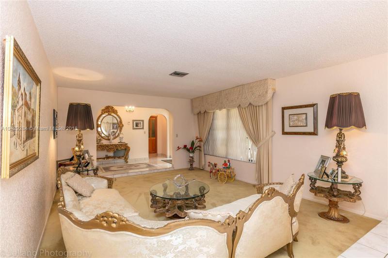 Imagen 20 de Single Family Florida>Davie>Broward      - Sale:795.000 US Dollar - codigo: A10429284