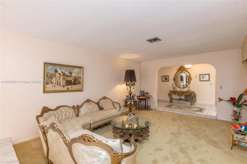 Imagen 21 de Single Family Florida>Davie>Broward      - Sale:795.000 US Dollar - codigo: A10429284