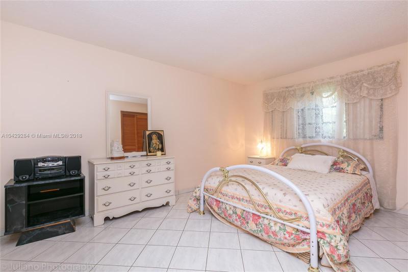 Imagen 23 de Single Family Florida>Davie>Broward      - Sale:795.000 US Dollar - codigo: A10429284