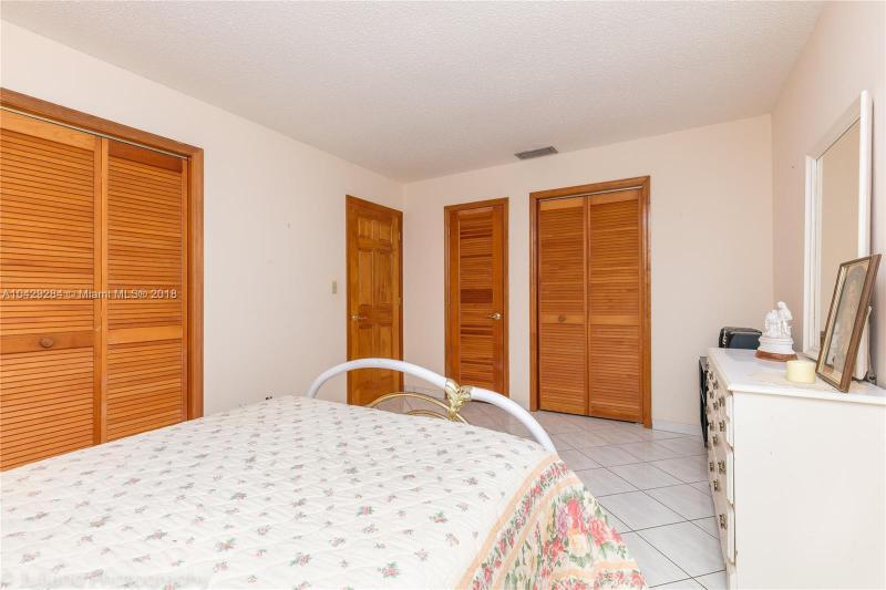 Imagen 25 de Single Family Florida>Davie>Broward      - Sale:795.000 US Dollar - codigo: A10429284
