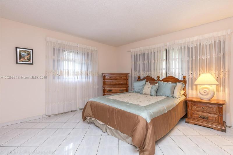 Imagen 27 de Single Family Florida>Davie>Broward      - Sale:795.000 US Dollar - codigo: A10429284