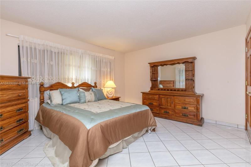 Imagen 29 de Single Family Florida>Davie>Broward      - Sale:795.000 US Dollar - codigo: A10429284