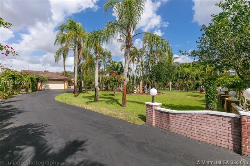 Imagen 3 de Single Family Florida>Davie>Broward      - Sale:795.000 US Dollar - codigo: A10429284