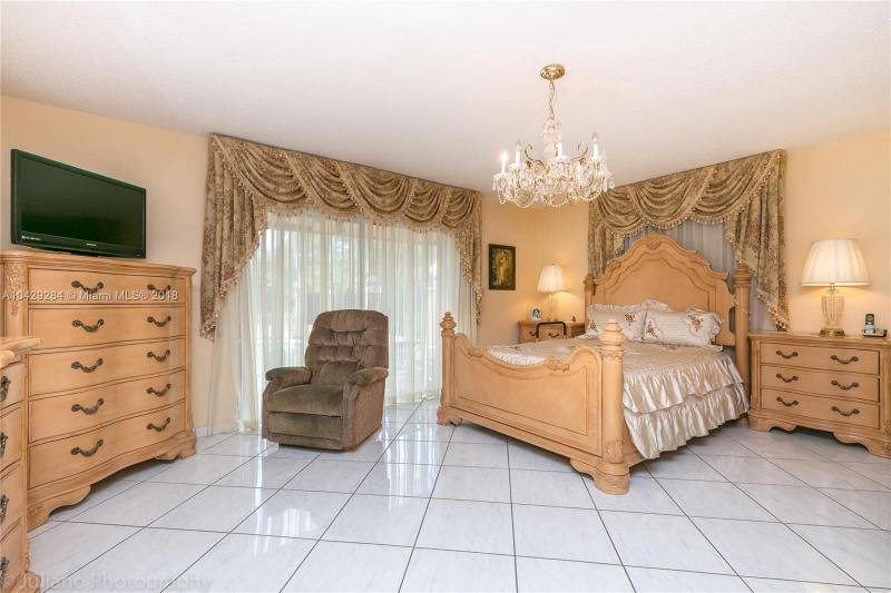 Imagen 30 de Single Family Florida>Davie>Broward      - Sale:795.000 US Dollar - codigo: A10429284